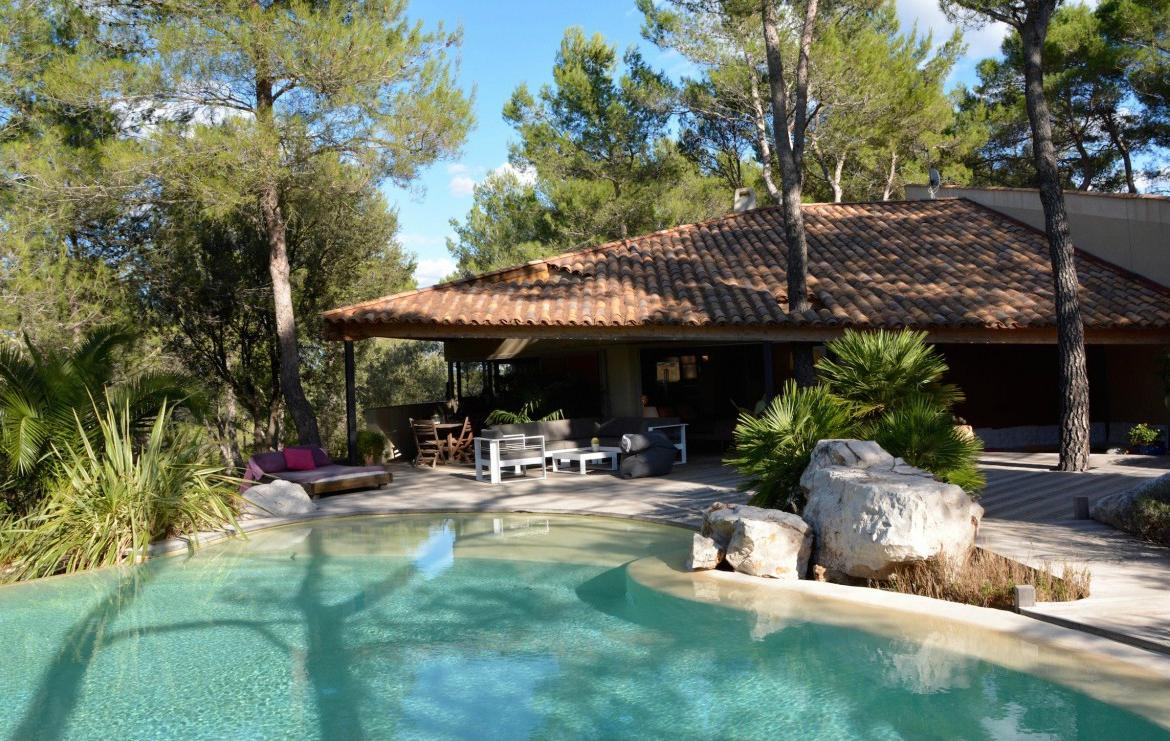 Luxury Villa With Views And Infinity Pool Near Montpellier.Sleeps 10, 4  Bedrooms (