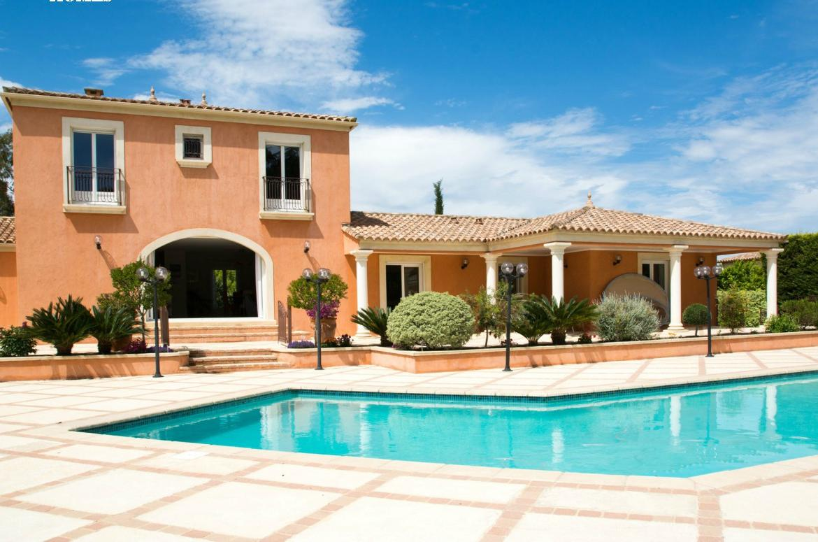 Beautiful Family Villa Between Montpellier And The Sea. Private Pool. 4  Bedrooms, Sleeps