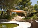 Gorgeous Old Mas near Eygalières with Pool. Sleeps 14, 7 bedrooms (EYGA107EE)