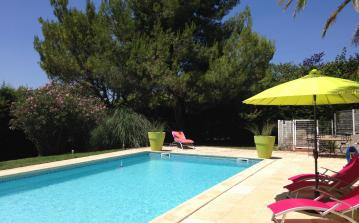Spacious Luxury Villa with Pool in Béziers. Sleeps up to 10, 5 bedrooms (BEZ126)