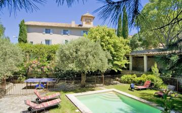 Beautifully designed luxury villa located in Caromb in Provence, 8 bedrooms, air conditioning, private fenced pool and more. Sleeps up to 12 people. (CARO101EE)