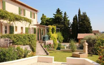 Luxury Provencal Villa with Pool. 4 bedrooms, sleeps 8. (CARP103EE)