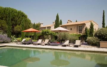 Exceptional, Architect-Designed Villa with Pool and Tennis, Eygalières. Sleeps 10, 5 bedrooms (EYGA108EE)