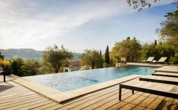 Luxurious 5 ensuite bedroom holiday villa with heated pool near Grasse (GRAS125SB)