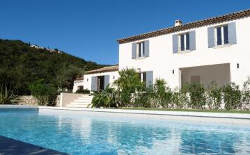 House and Guest House with Pool near Port Grimaud. 8 bedrooms, sleeps 16 (PTGR133D)