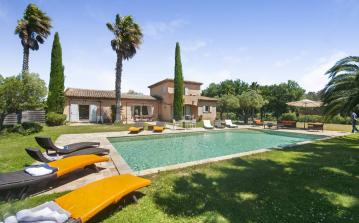 RAM109Q - Luxury Family villa with heated pool near Pampelonne beach to sleep 12