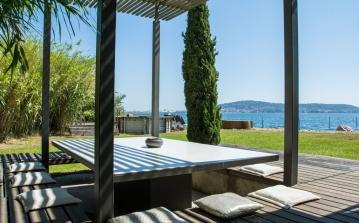 Modern luxury villa with stunning views over the Etang du Thau. 4 bedrooms, sleeps 9 (SETE114GN)