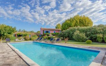 SRDP115OL - Luxurious 19th Century Villa with pool close to St Rémy de Provence. Sleeps 12, 6 bedrooms