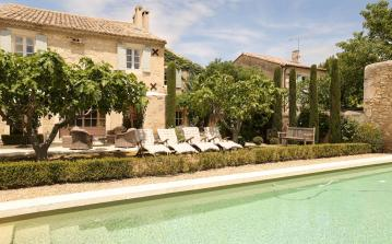 Beautiful old Mas with Heated Pool. 6 Bedrooms, Sleeps 12 (SRDP116EE)