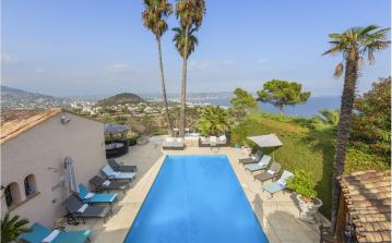Luxury Villa in Theoule-sur-Mer just 10 mins from Cannes. 6 bedrooms to sleep 12. (THSM106)